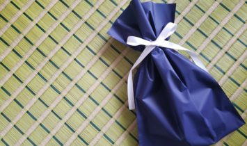 父の日のプレゼントにミニ畳はいかがでしょうか。