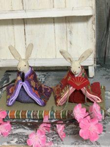 西陣織金襴繧繝柄を使ったうさぎ雛用ミニ畳